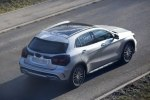 Mercedes вывел на завершающие тесты обновленный GLA - фото 3