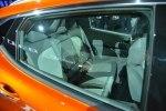 Chevrolet показал бюджетный электрокар Bolt - фото 16