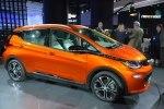 Chevrolet показал бюджетный электрокар Bolt - фото 3