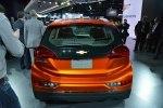 Chevrolet показал бюджетный электрокар Bolt - фото 9