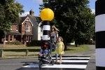 Британец создал переносной пешеходный переход - фото 1