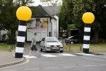 Британец создал переносной пешеходный переход - фото 2