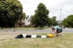 Британец создал переносной пешеходный переход - фото 6