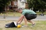 Британец создал переносной пешеходный переход - фото 8