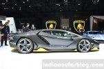 У Lamborghini впервые появился суперкар с полноуправляемым шасси - фото 4