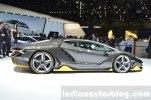 У Lamborghini впервые появился суперкар с полноуправляемым шасси - фото 5