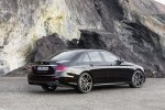 Mercedes представил спортивную версию нового E-Class - фото 3