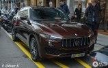 Новейший Maserati Levante засветился на женевских дорогах - фото 1