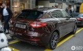 Новейший Maserati Levante засветился на женевских дорогах - фото 4