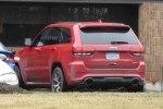 Jeep Grand Cherokee Trackhawk: первые живые фото дьявольски заряженного SUV`а - фото 2