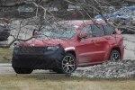 Jeep Grand Cherokee Trackhawk: первые живые фото дьявольски заряженного SUV`а - фото 7