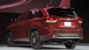 Toyota представила обновленный внедорожник Highlander - фото 11