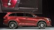 Toyota представила обновленный внедорожник Highlander - фото 5