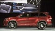 Toyota представила обновленный внедорожник Highlander - фото 6
