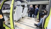 Volkswagen построил полноприводный минивэн на электротяге - фото 14