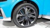 Audi показала большой кроссовер Q8 - фото 6