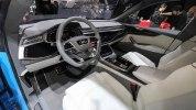 Audi показала большой кроссовер Q8 - фото 9