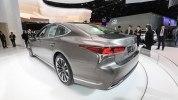 Lexus представил седан LS нового поколения - фото 8