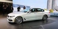 В Детройте дебютировал гибридный седан BMW 530e iPerformance - фото 1
