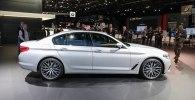 В Детройте дебютировал гибридный седан BMW 530e iPerformance - фото 3