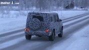 Новый внедорожник Mercedes-Benz G-Class показали на видео - фото 6