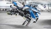 BMW превратила модельку Lego в большой «летающий» мотоцикл - фото 12