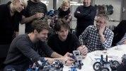 BMW превратила модельку Lego в большой «летающий» мотоцикл - фото 3