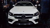Мягкий верх, жесткий низ: что такое Mercedes E-Class кабриолет - фото 12