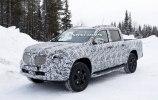 На тестах замечен прототип гибридного пикапа Mercedes-Benz X-Class - фото 8