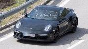 Следующее поколение Porsche 911 Turbo впервые попало в объективы фотокамер - фото 1