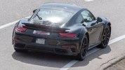 Следующее поколение Porsche 911 Turbo впервые попало в объективы фотокамер - фото 11