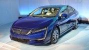 В Нью-Йорке представлены электрический и гибридный седаны Honda Clarity - фото 3