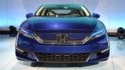 В Нью-Йорке представлены электрический и гибридный седаны Honda Clarity - фото 6