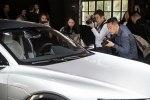 Электрический кросс Audi E-Tron Sportback Concept представлен официально - фото 19
