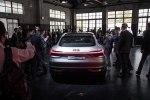 Электрический кросс Audi E-Tron Sportback Concept представлен официально - фото 21