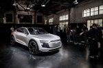 Электрический кросс Audi E-Tron Sportback Concept представлен официально - фото 7