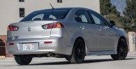 Седан Mitsubishi Lancer получил особую версию Limited Edition - фото 3