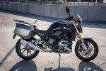 BMW показала новый мотоцикл R1200R Black Edition - фото 1