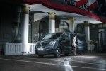 Renault превратил Traffic в мобильный офис - фото 15