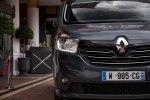 Renault превратил Traffic в мобильный офис - фото 16
