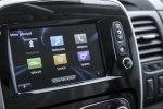 Renault превратил Traffic в мобильный офис - фото 4