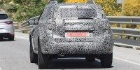 Новый Renault Duster впервые сфотографировали c серийным кузовом - фото 5