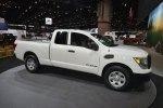 Nissan Titan King Cab получил минимальный ценник в 32 550 долларов - фото 36