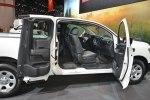 Nissan Titan King Cab получил минимальный ценник в 32 550 долларов - фото 37