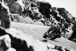 Новые мотоциклы модели Kawasaki Ninja 650 - фото 1
