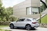 Mercedes-Benz запустил в серию водородный кроссовер - фото 10