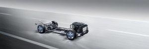 Mercedes-Benz запустил в серию водородный кроссовер - фото 29