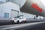 Маленький хот-хэтч Toyota получил 1,8-литровый 212-сильный компрессорный мотор - фото 6