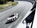 Audi R8 лишили полного привода, но зато приспособили для дрифта - фото 20