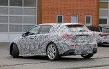 Новый хот-хэтч Mercedes-AMG A45 замечен на дорожных тестах - фото 8